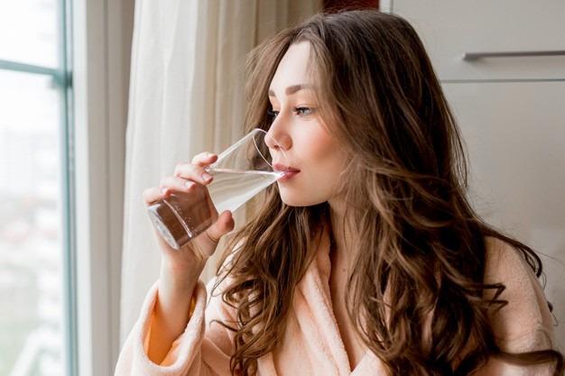 picie wody rano